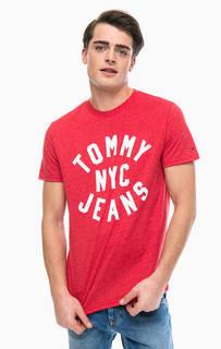 Красная футболка с контрастным принтом Tommy Jeans