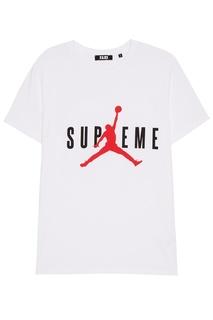 Белая футболка с надписью Fa King