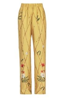 Желтые брюки из шелка с принтом Alena Akhmadullina