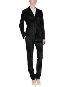 Классический костюм Kiton