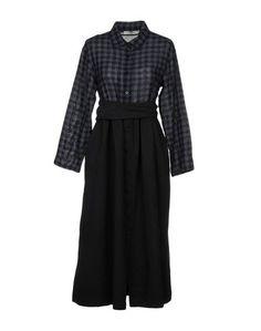Платье длиной 3/4 Background