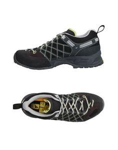 Низкие кеды и кроссовки Salewa
