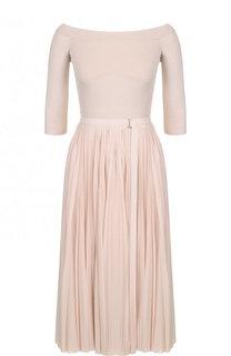 Приталенное вязаное платье с плиссированное юбкой Alexander McQueen