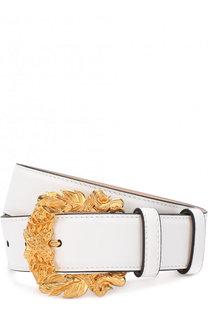 Кожаный ремень с фигурной пряжкой Versace