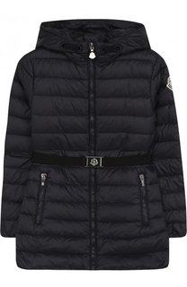 Стеганое пуховое пальто с капюшоном и поясом Moncler Enfant
