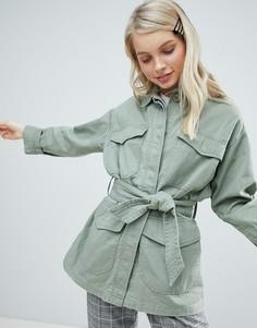 Куртка в стиле милитари с карманами Monki - Зеленый