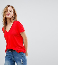 Свободная футболка с V-образным вырезом ASOS PETITE - Красный