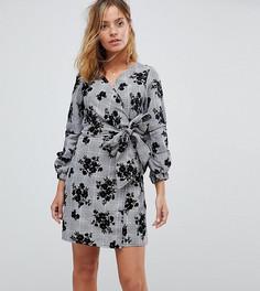 Платье в клетку с запахом и цветочным принтом Parisian Petite - Серый