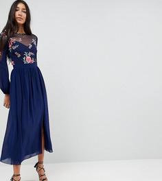 Приталенное платье миди с длинными рукавами и вышивкой на лифе Little Mistress Tall - Темно-синий