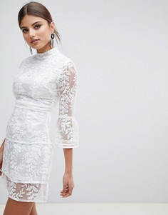 Ярусное платье из сетки с вышивкой Boohoo - Белый