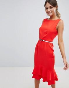Платье-футляр без рукавов с ремнем и оборками по нижнему краю Paper Dolls - Красный