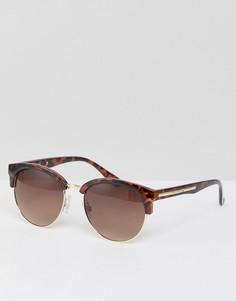 Солнцезащитные очки в стиле ретро River Island - Коричневый