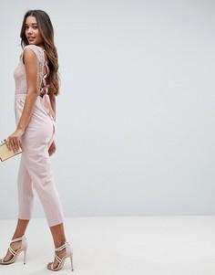 Комбинезон с кружевным лифом и шнуровкой на спине ASOS - Розовый