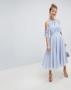 Платье миди с открытыми плечами и 3D отделкой ASOS - Синий