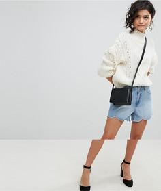 Джинсовые шорты с фигурной отделкой по краю Vero Moda - Синий