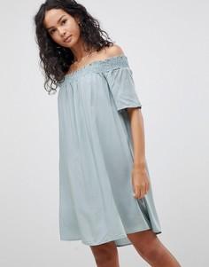 Платье с открытыми плечами Glamorous - Зеленый