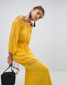 Платье макси с широким вырезом и кружевными вставками Boohoo - Желтый