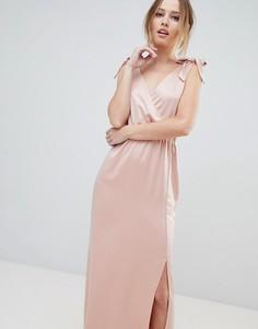 Платье макси с глубоким вырезом и завязками на плечах Silver Bloom - Розовый