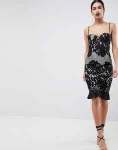Платье миди с оборкой на подоле и кружевным лифом Girl In Mind - Черный
