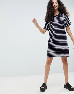 Трикотажное платье-футболка в полоску Only - Темно-синий