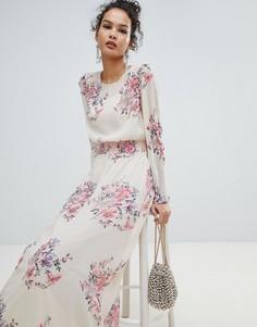 Сетчатое платье макси с высоким воротом и цветочным принтом Miss Selfridge - Розовый