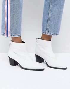 Ботинки в стиле вестерн из искусственной змеиной кожи Gestuz - Белый