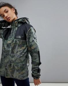 Куртка с камуфляжным принтом The North Face 1985 - Зеленый