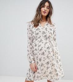 Платье мини с цветочным принтом, запахом и поясом Glamorous Bloom - Розовый