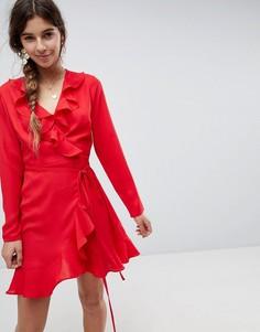Платье мини с запахом и оборками ASOS - Красный
