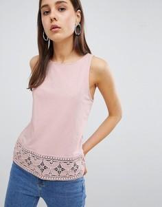 Топ свободного покроя с кружевной отделкой New Look - Розовый