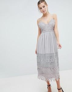 Платье миди с кружевной отделкой Oh My Love - Серый