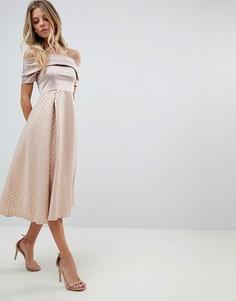 Короткое приталенное платье с открытыми плечами Vesper - Розовый