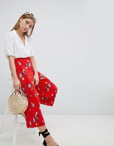 Широкие плиссированные брюки с цветочным принтом Nobodys Child - Красный