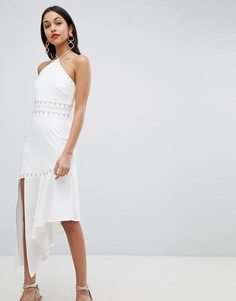 Платье с лямкой через шею и асимметричным пдолом Finders - Белый