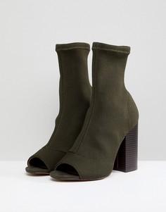 Трикотажные ботильоны на каблуке с открытым носком ASOS DESIGN Even - Зеленый