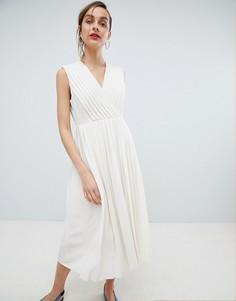 Платье с плиссировкой и запахом Selected - Кремовый