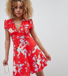 Платье мини с поясом и принтом Glamorous Petite - Красный