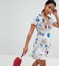 Платье с оборками и цветочным принтом Missguided Petite - Белый