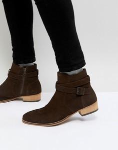 Коричневые замшевые ботинки челси с ремешком и кубинским каблуком ASOS - Коричневый