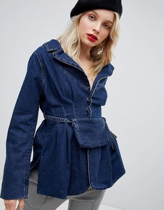 Приталенная джинсовая куртка с сумкой-кошельком на пояс ASOS DESIGN - Синий