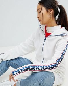Белая спортивная куртка с молнией и отделкой лентой Nike - Белый