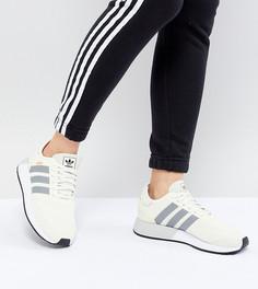 Светло-бежевые кроссовки для бега adidas Originals N-5923 - Белый