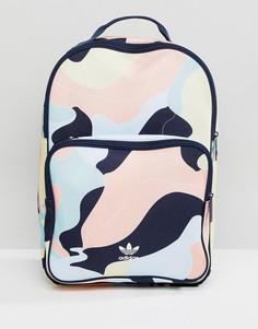 Рюкзак с камуфляжным принтом adidas Originals HZA Valley DP0217 - Розовый