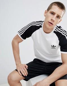Черная футболка с рукавами реглан adidas Originals adicolor California DM7630 - Черный