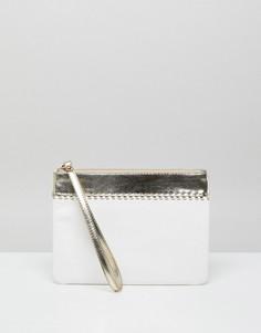 Белый клатч с ремешком на запястье и отделкой с эффектом металлик Miss KG - Белый
