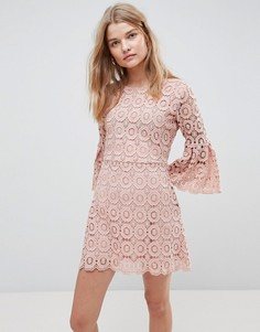 Платье кроше Urban Bliss Winnie - Розовый