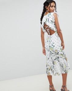 Платье миди с открытой спиной, оборками и цветочным принтом Hope & Ivy - Мульти
