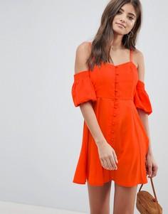 Платье с открытыми плечами и пышными рукавами ASOS DESIGN - Красный