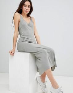 Платье миди в рубчик с глубоким вырезом на спине Brave Soul Ella - Зеленый
