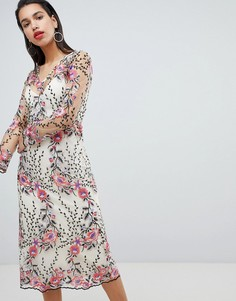 Платье миди с вышивкой Vila - Мульти